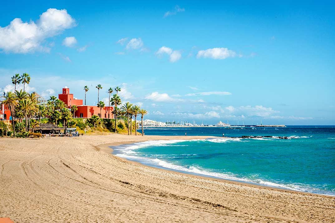 Los destinos nacionales de costa más reservados de este verano