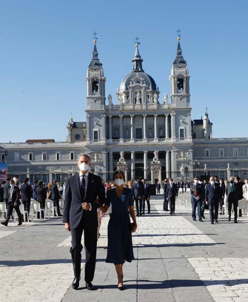 Los reyes Felipe y Letizia presiden el homenaje a las víctimas del Covid-19