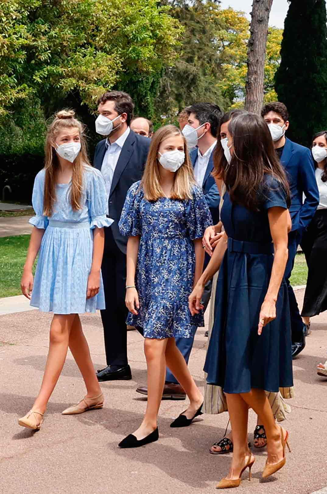 Reyes Felipe y Letizia con la Princesa Leonor e Infanta Sofía - Premios Princesa Girona © Casa Real SM El Rey