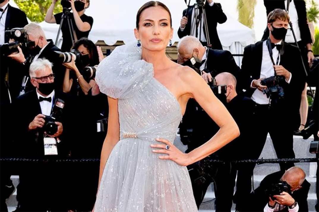 Nieves Álvarez en Cannes: del look inspirado en Angelina Jolie a convertirse en una Cenicienta moderna