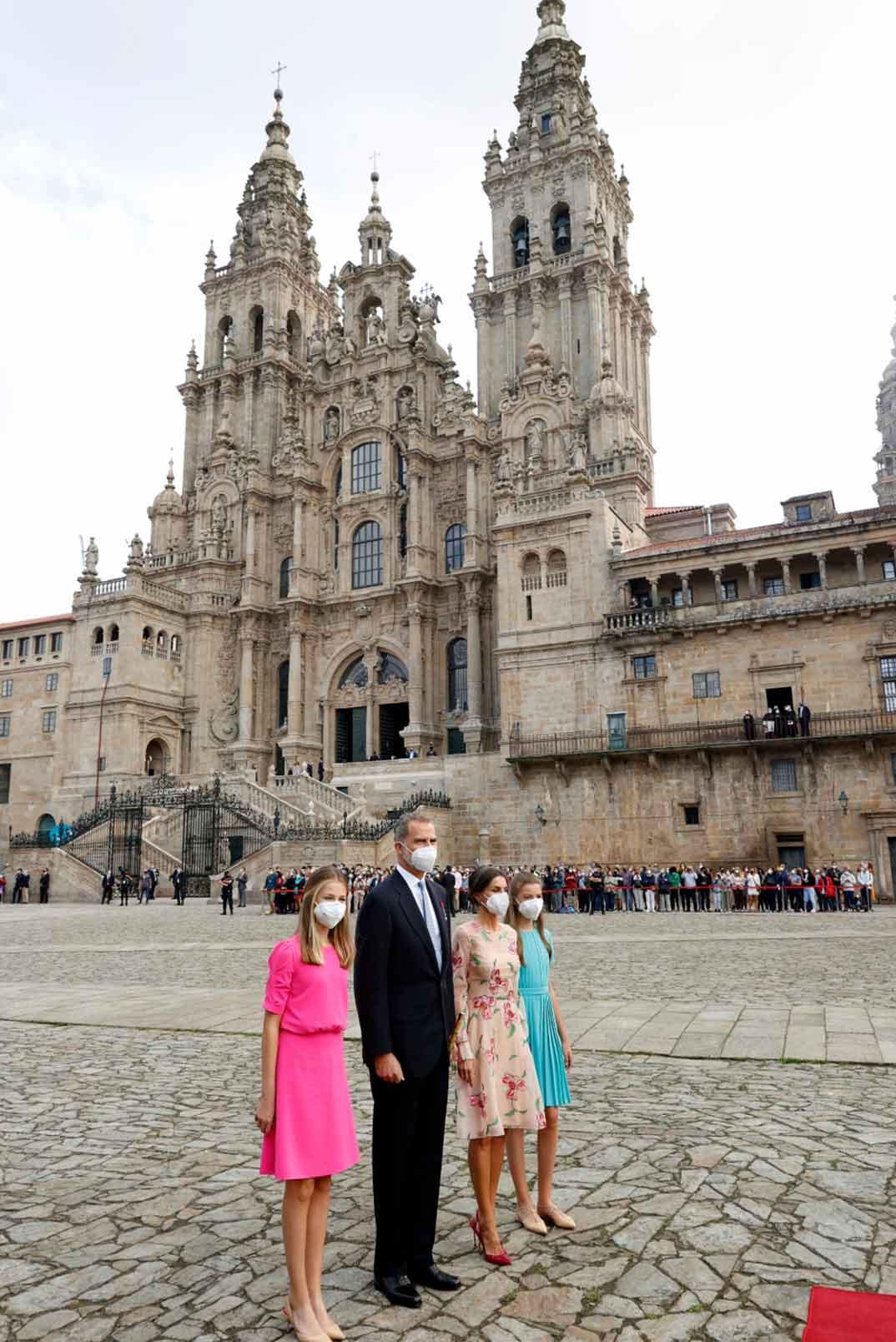 Reyes Felipe y Letizia con sus hijas Leonor y Sofía © Casa Real S.M. El Rey