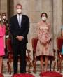 Los looks a juego de la reina Letizia y sus hijas en Santiago