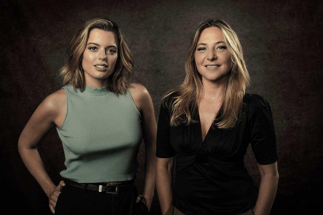 Adriana Torrebejano y Pilar Castro - Sin novedad © HBO
