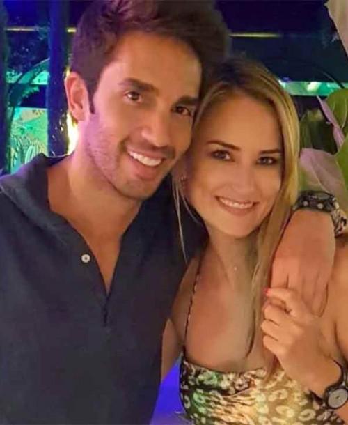 Alba Carrillo anuncia su ruptura con Santi Burgoa