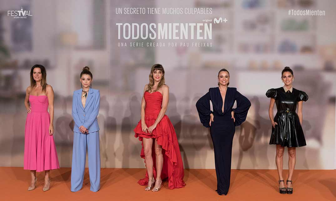 Amaia Salamanca, Berta Castane, Natalia Verbeke, Eva Santolaria e Irene Arcos - Todos mienten © Movistar+/FesTVal Vitoria