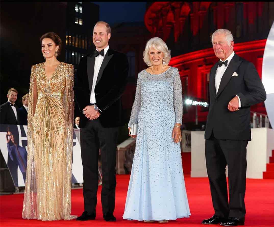 Kate Middleton, Principe Guillermo, Camilla Parker Bowles, Príncipe Carlos - - 007 Sin tiempo para morir © Instagram