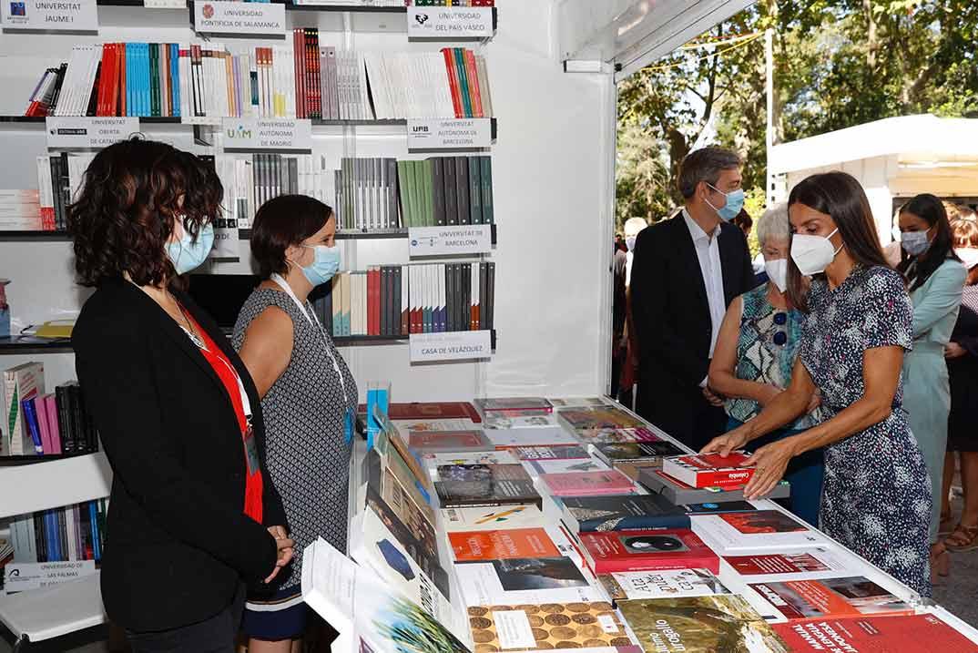 Reina Letizia - Feria del Libro de Madrid © Casa S.M. El Rey