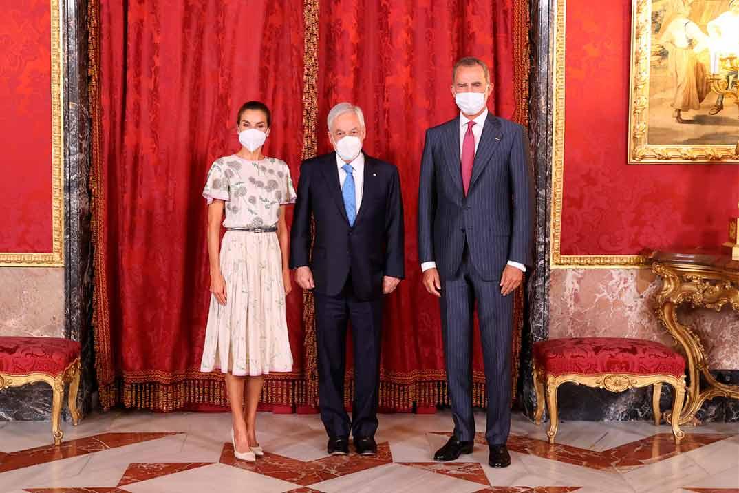 Reyes Felipe y Letizia con el Presidente de la República de Chile © Casa S.M. El Rey