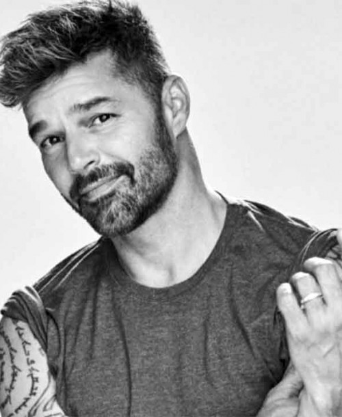 Ricky Martin se vuelve viral con su último retoque estético