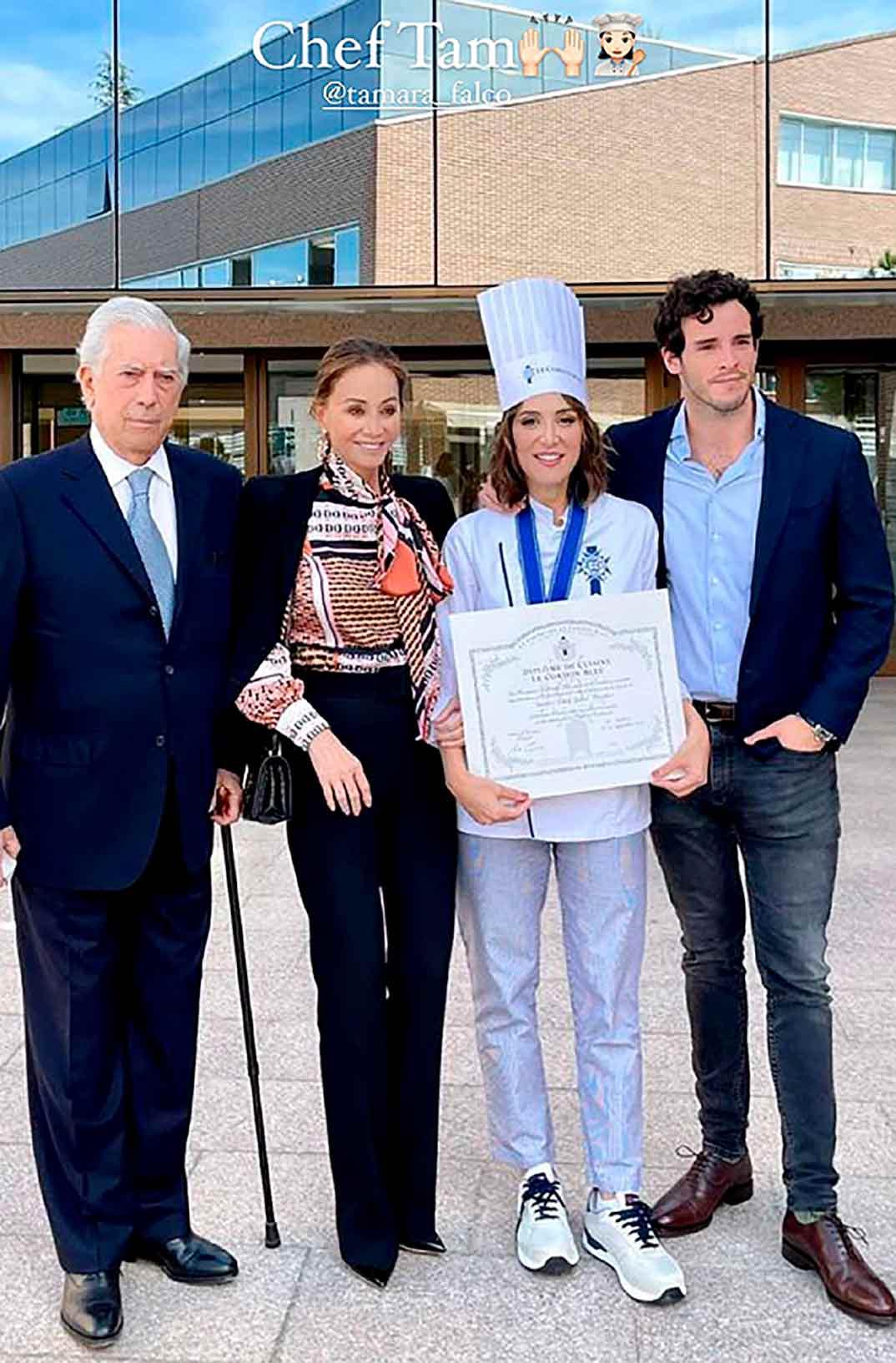 Tamara Falcó con Íñigo Onieva, Isabel Preysler y Mario Vargas Llosa © Instagram