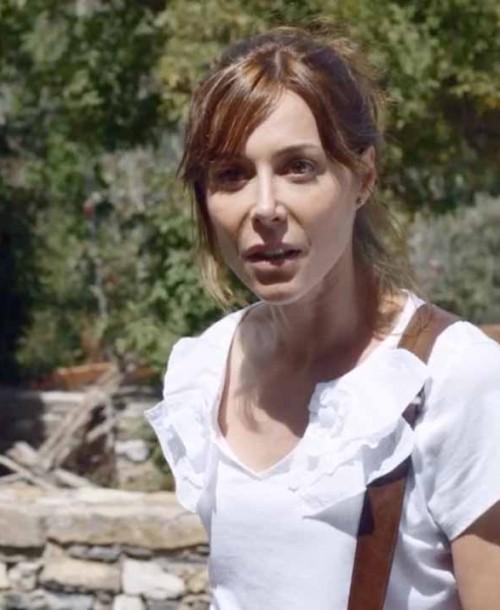 """""""El pueblo"""" Temporada 2 Capítulo 6: Laura decide darse una oportunidad con Pablo y se lleva una sorpresa"""
