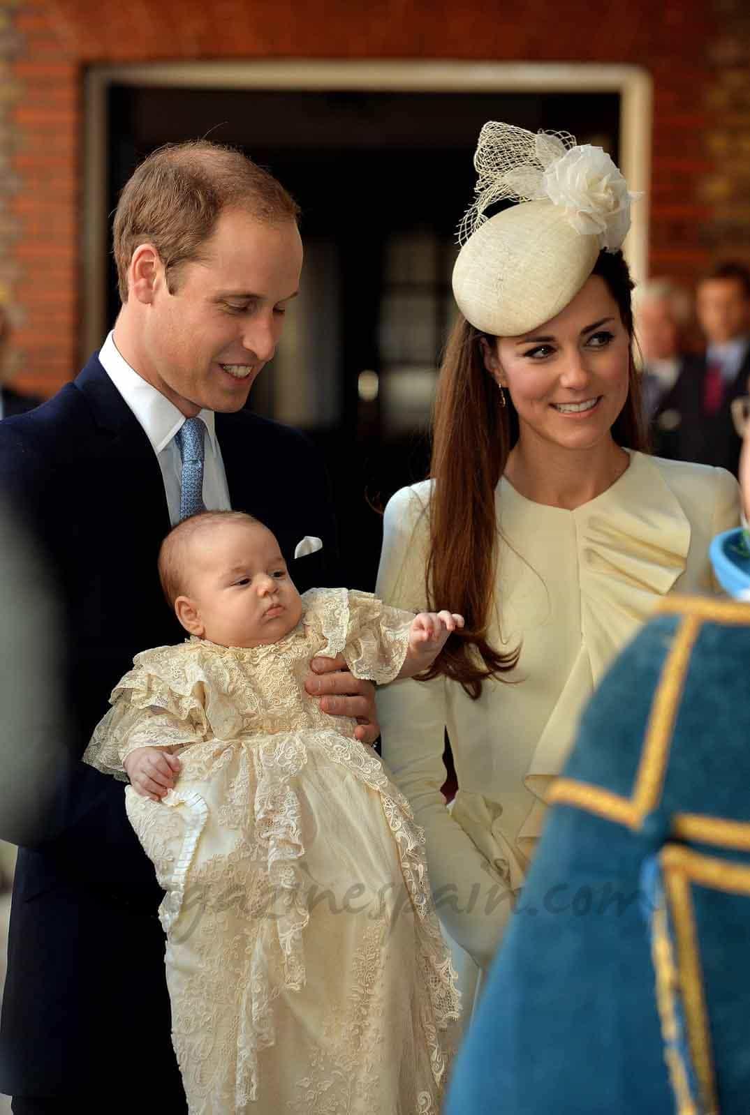 Duques de Cambridge y príncipe George