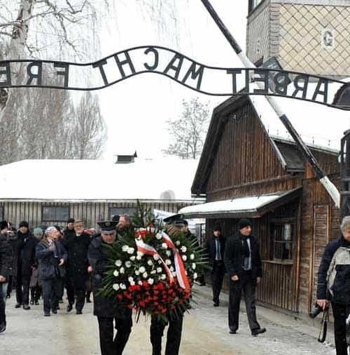 El mundo entero recuerda 70 años después,  Auschwitz