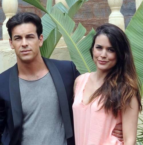 """Adriana Ugarte y Mario Casas, protagonizan """"Palmeras en la nieve"""""""