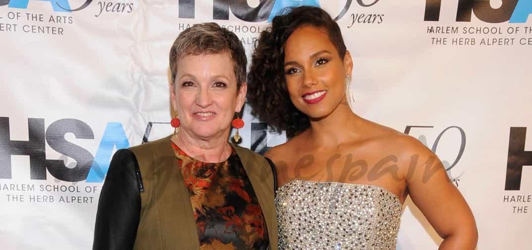 Alicia Keys con su madre