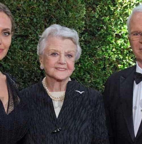 Angelina Jolie, Angela Lansbury y Steve Martin, premiados por su labor humanitaria