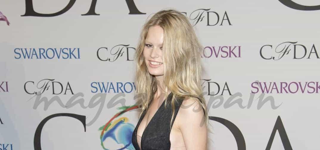 "La modelo alemana Anna Ewers, imagen de ""Mango"""
