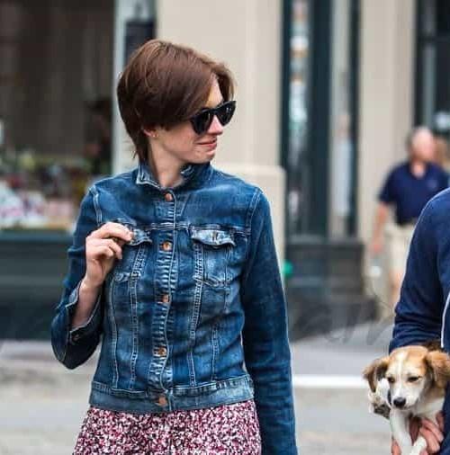 """Anne Hathaway y su familia """"urban chic"""""""