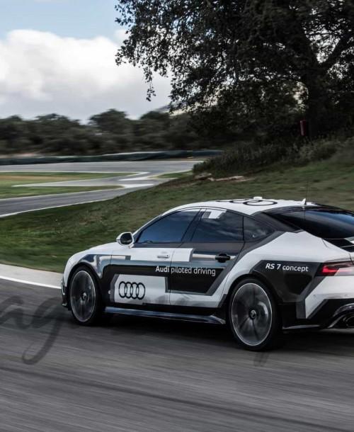 Demostración en Ronda, del Audi RS7, sin piloto