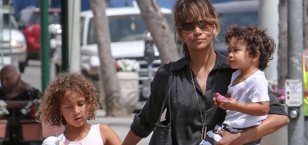 Halle Berry súper-mamá