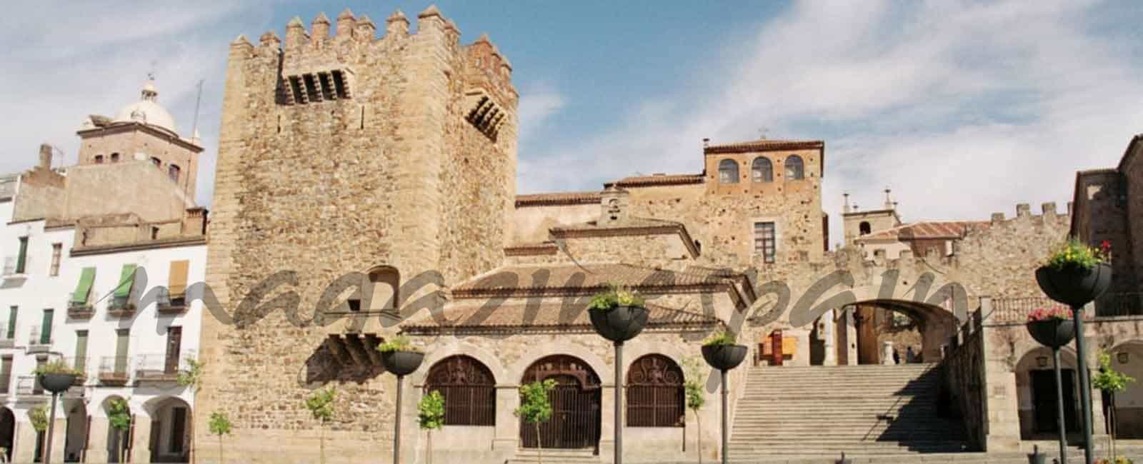 En San Isidro… Los madrileños no se quedan en casa