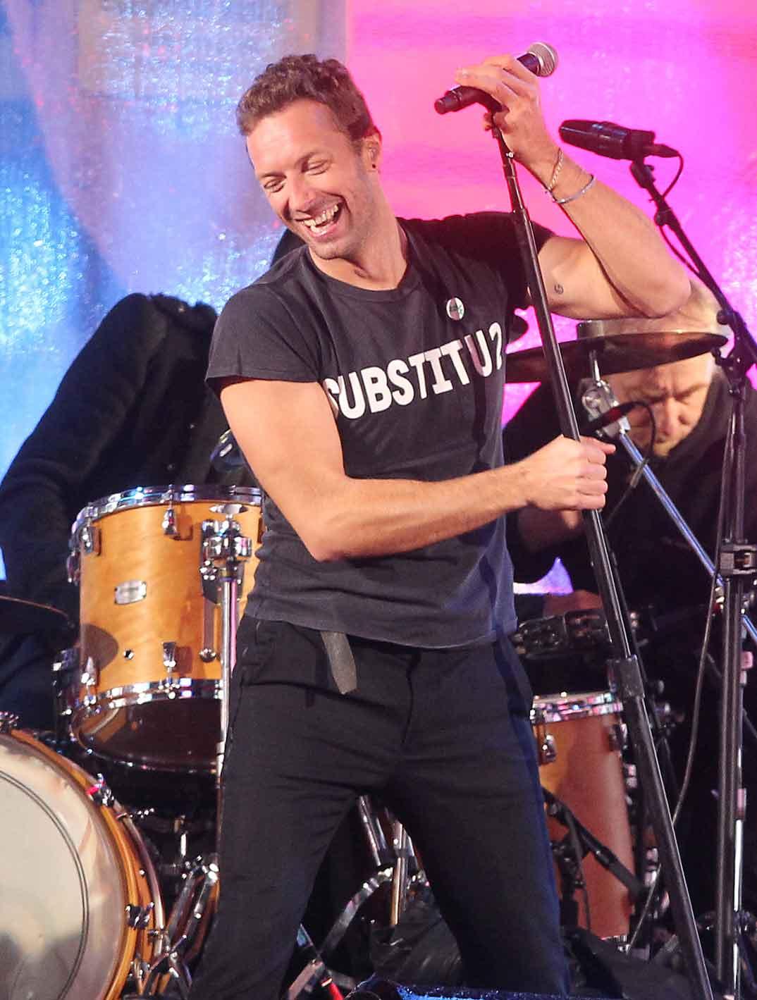 Chris Martin se divierte con U-2 y Bruce Springsteen