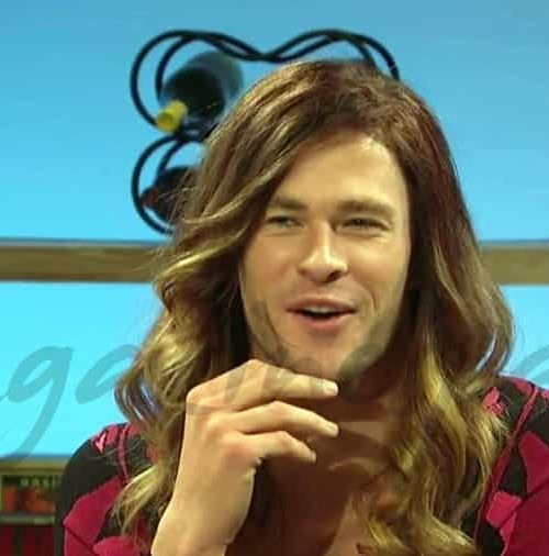 Chris Hemsworth se viste de mujer