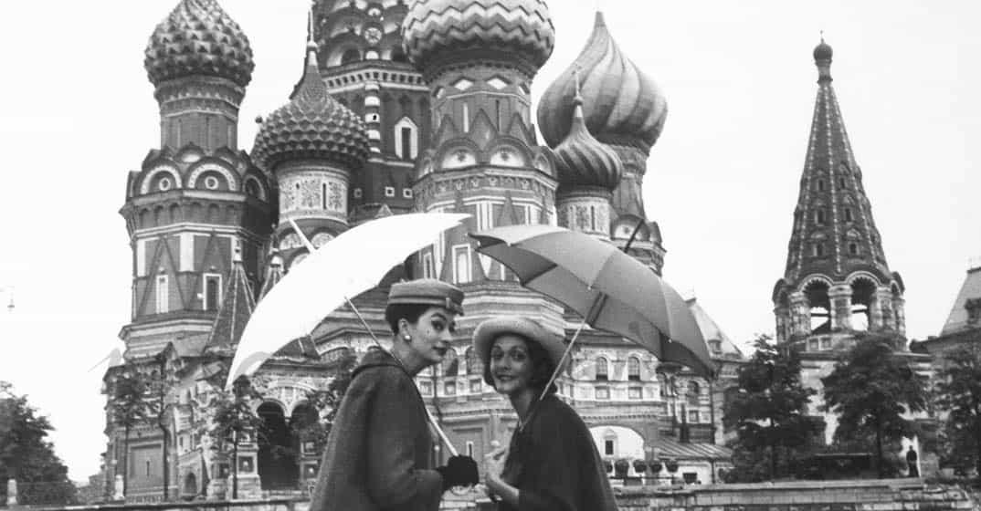 Dior desfila en la Plaza Roja de Moscú