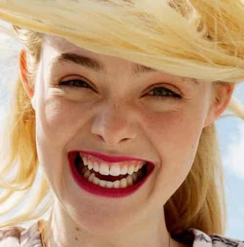 """Elle Fanning, la """"Bella Durmiente"""" convertida en modelo…"""