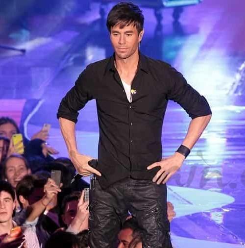 Enrique Iglesias se deja querer…