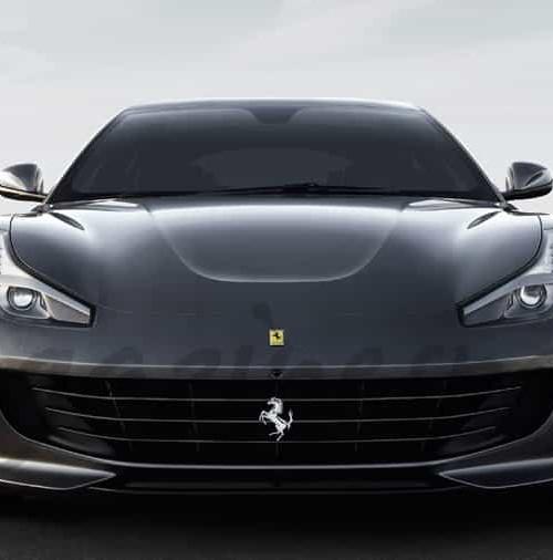 Ferrari presenta en el Salón de París, el primer auténtico cuatro plazas de su historia