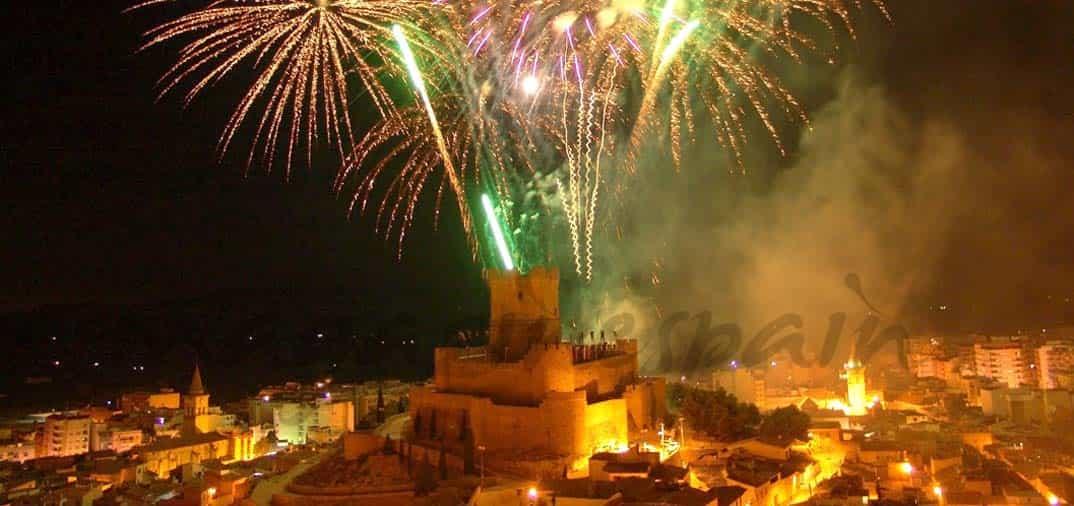 Villena se prepara para sus fiestas más famosas: Moros y Cristianos