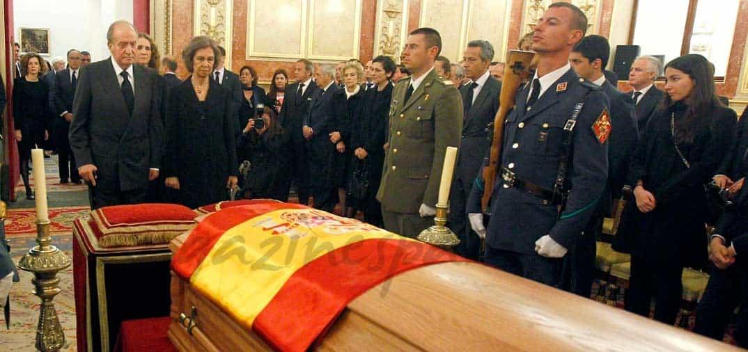 Las autoridades españolas rinden homenaje a Adolfo Suárez