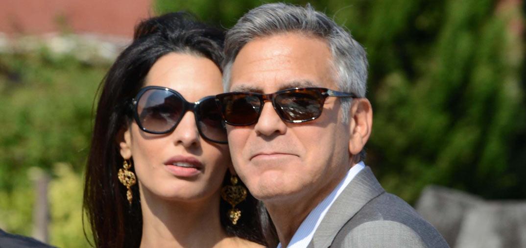 Un día antes de la boda, George Clooney y Aman Alamuddin, llegan a Venecia