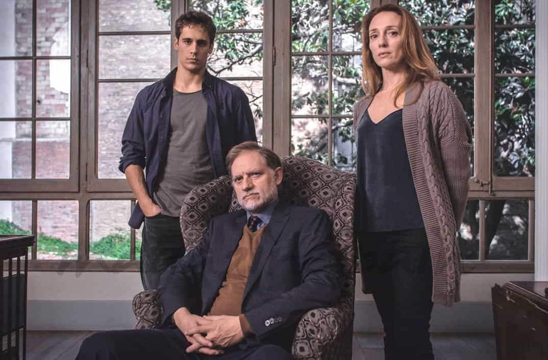 Grupo Familia Saura - Se quien Eres- © Mediaset