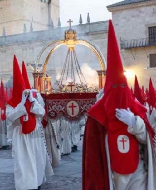 Propuesta para Semana Santa – Parte II: De procesiones por España