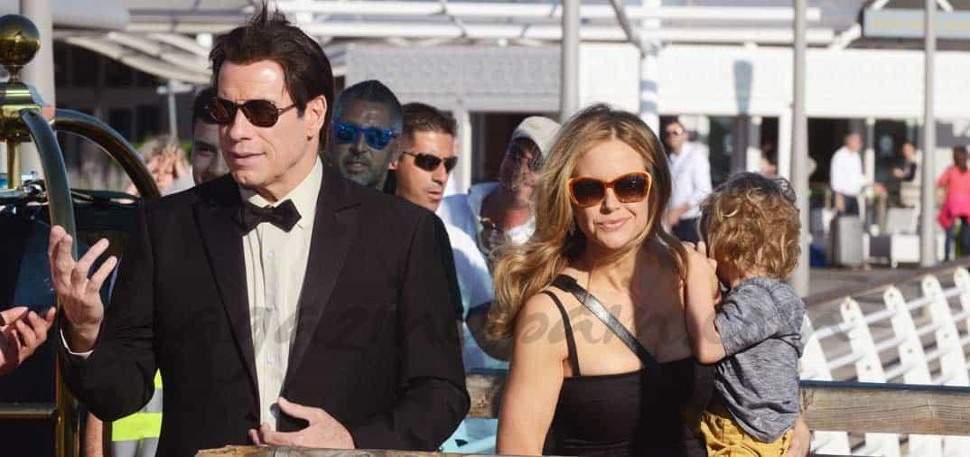 John Travolta, vacaciones con su mujer y su hijo en Venecia