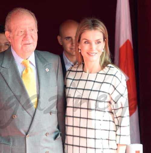 Emotivo reencuentro entre la Reina Letizia y el Rey Juan Carlos I