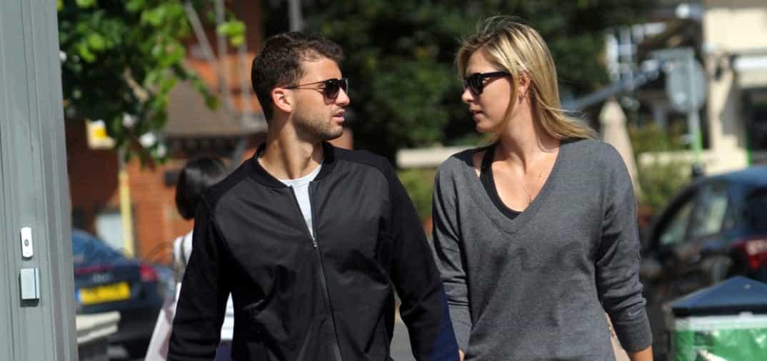 Maria Sharapova y su novio pasean su amor por Wimbledon