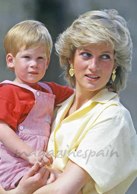 Al cumplir 30 años, el Principe Harry hereda 12 millones de euros