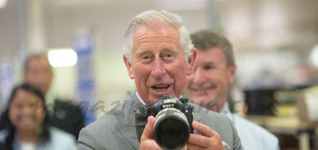 El príncipe Carlos, improvisado paparazzi