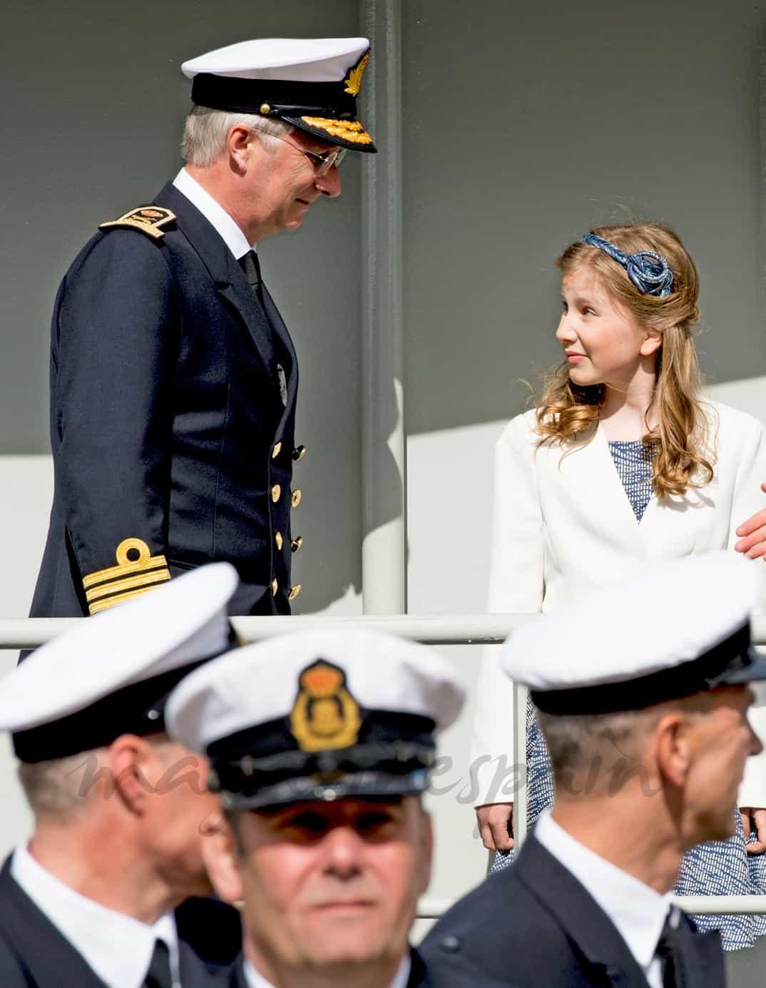 Rey Felipe de Belgica y princesas Elisabeth