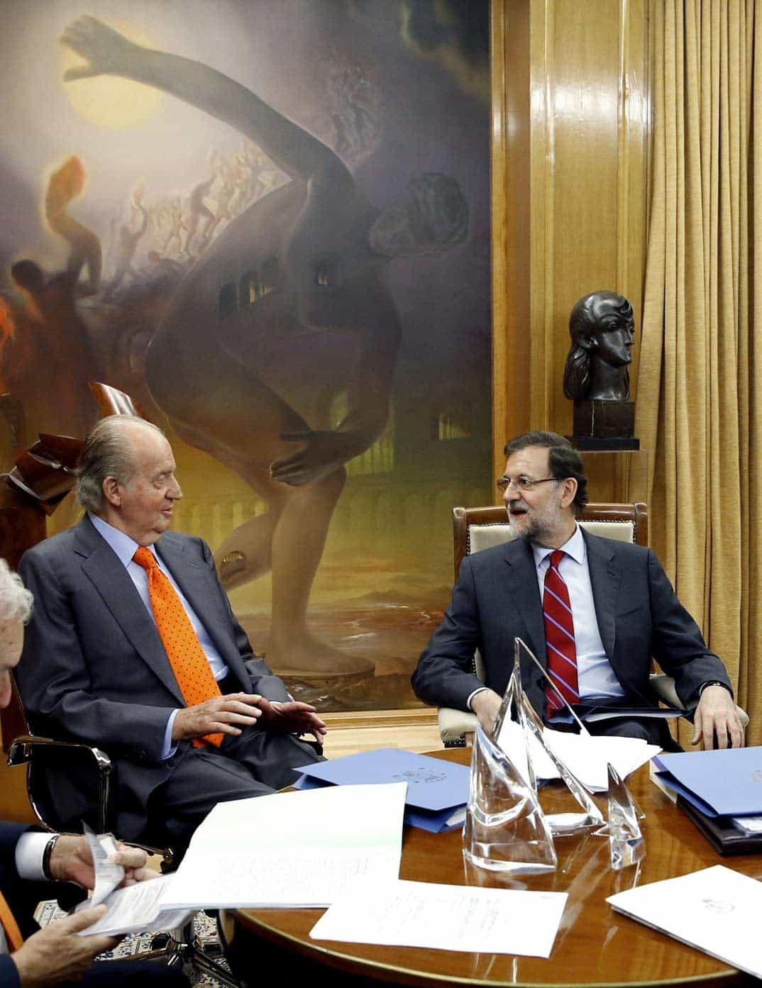 Rey don Juan Carlos y Mariano Rajoy