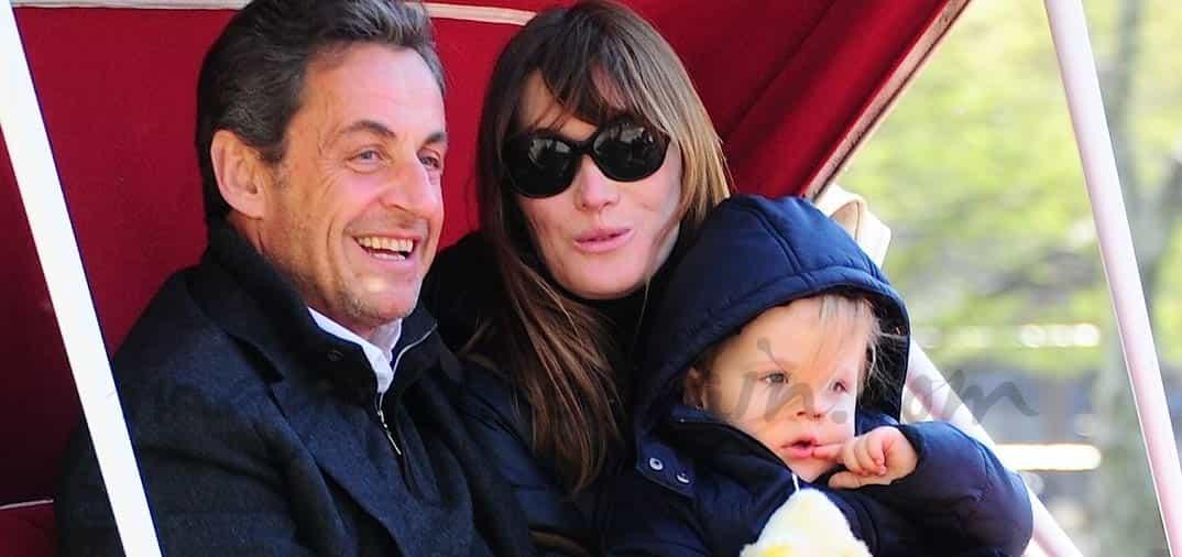 Sarkozy y Carla Bruni vacaciones con su hija en New York
