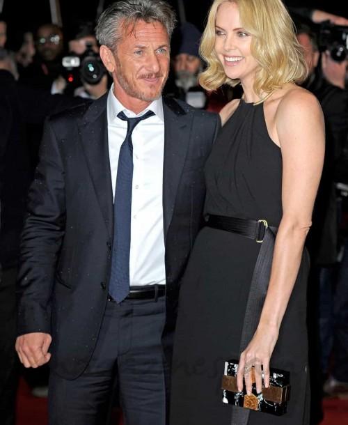 Sean Penn y Charlize Theron primera sorpresa del año