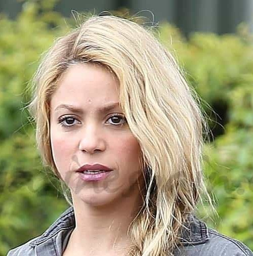 Shakira con botas de vértigo