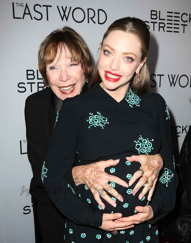 Shirley MacLaine y Amanda Seyfried
