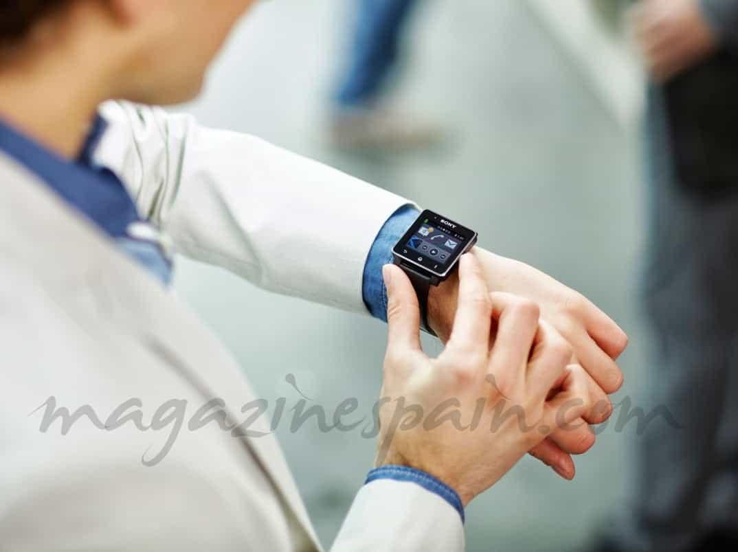 Sony_Smartwatch