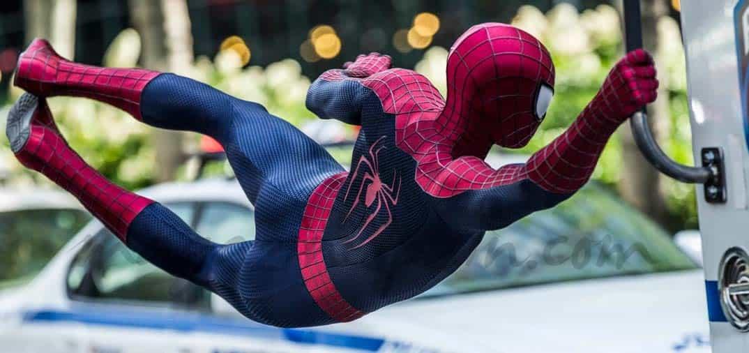"""El Embajador de EE.UU. y su pareja, anfitriones de la presentación de """"Spiderman2"""""""