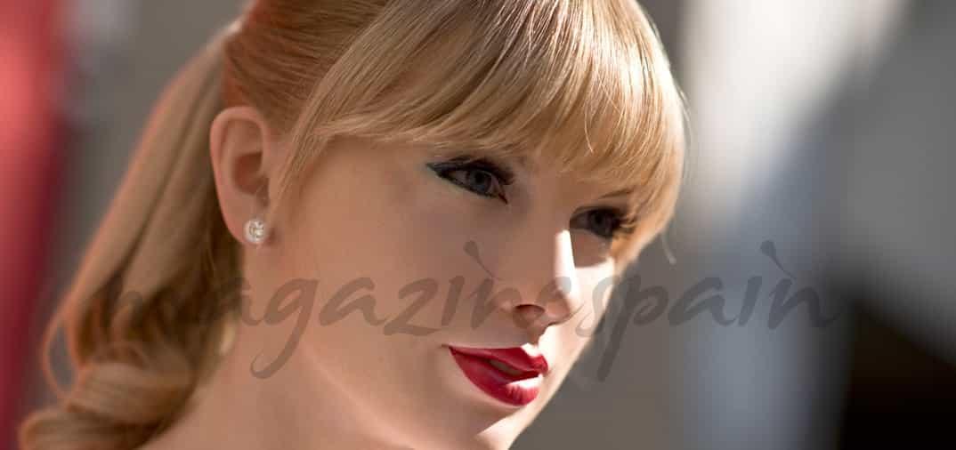 Taylor Swift piel de cera